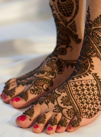 الله عروسة ايديك للحنة haidar1401656259391.