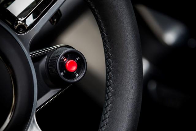 سيارة بورش سبايدر 2015 haidar140190102994.j