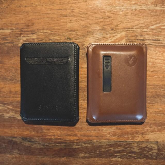 محفظة لشحن الموبايل للرجال