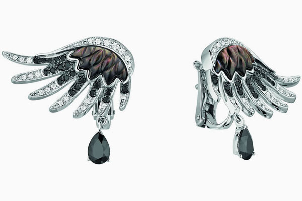 ومضة السحر تلهب الشتاء مجوهرات haidar1440678315291.
