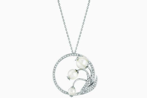 ومضة السحر تلهب الشتاء مجوهرات haidar1440678345761.