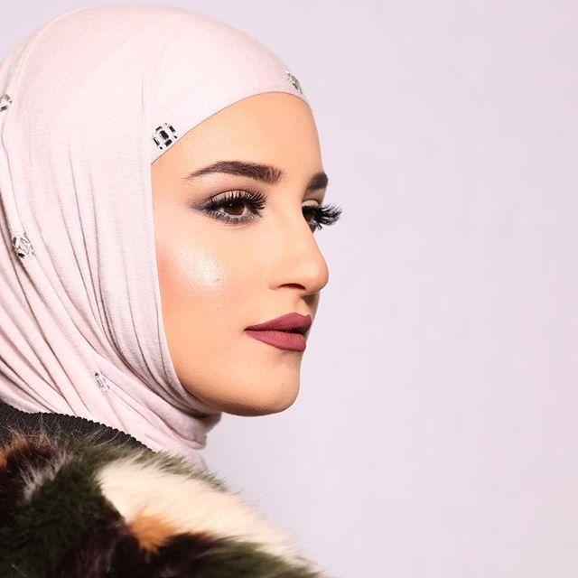 أحمر شفاه لإطلالتك بالحجاب؟ haidar1452776996461.