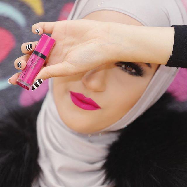 أحمر شفاه لإطلالتك بالحجاب؟ haidar1452777128571.